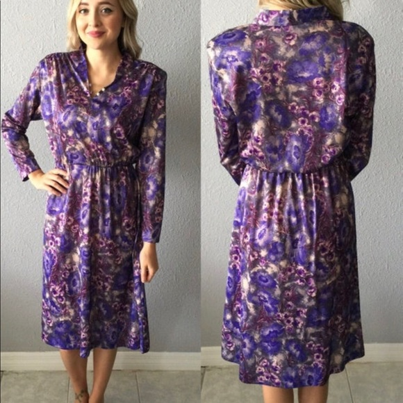Vintage Dresses & Skirts - Vintage Floral 1970's Midi Dress